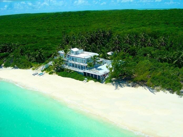 2_luxurious_private_islands_buzznfun.com
